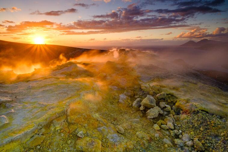 Vulcano im Sonnenuntergang